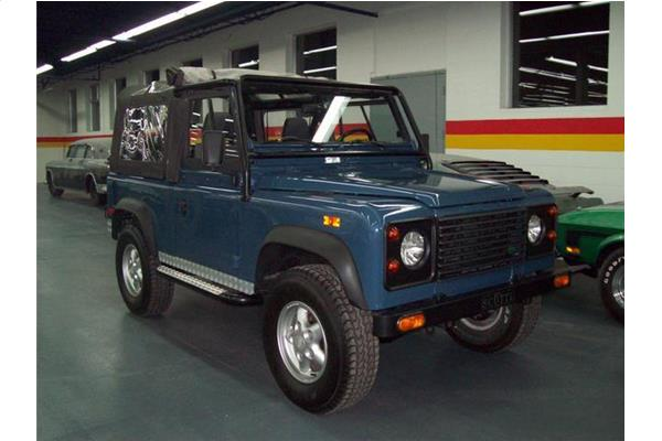 Land Rover Defender 90 1994